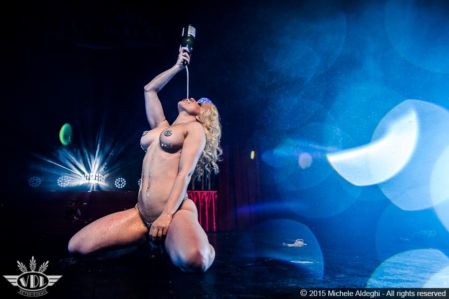 spettacolo-burlesque.jpg