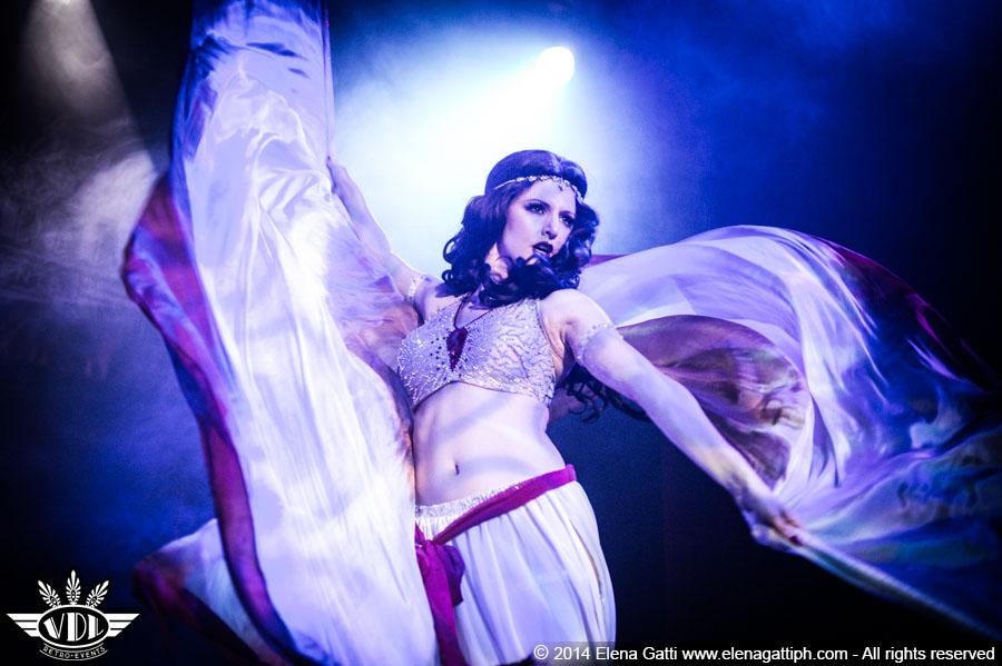 italia-burlesque.jpg