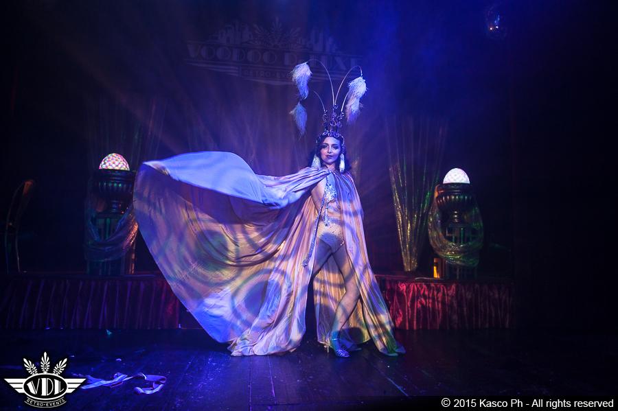 spettacolo-di-burlesque-in-italia.jpg