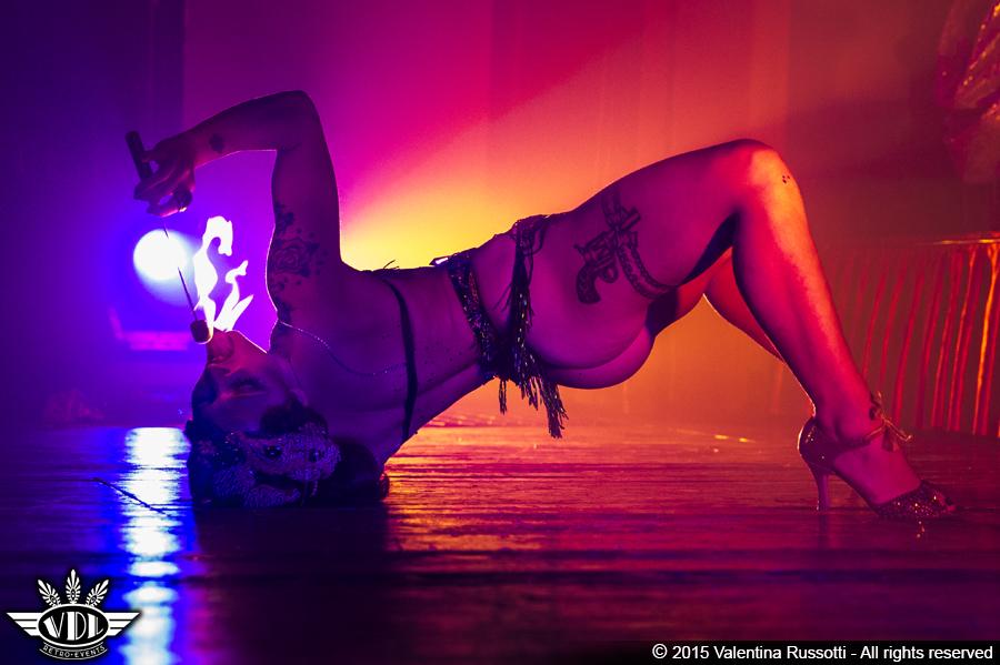 janet-burlesque-italia.jpg