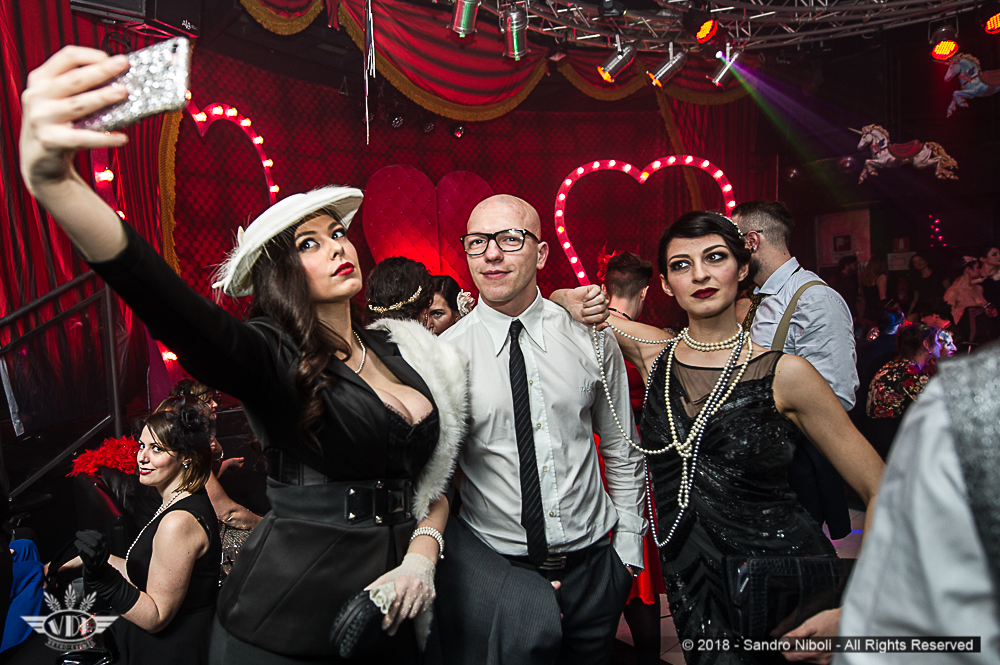 Burlesqueclubbers