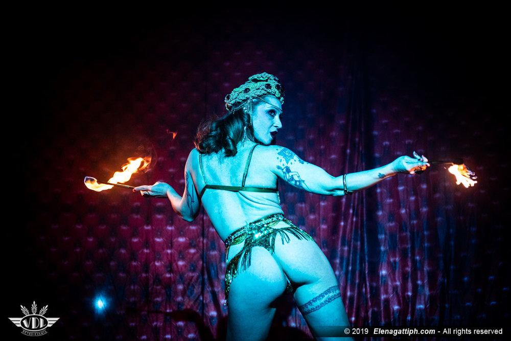 Janet Fischietto burlesque