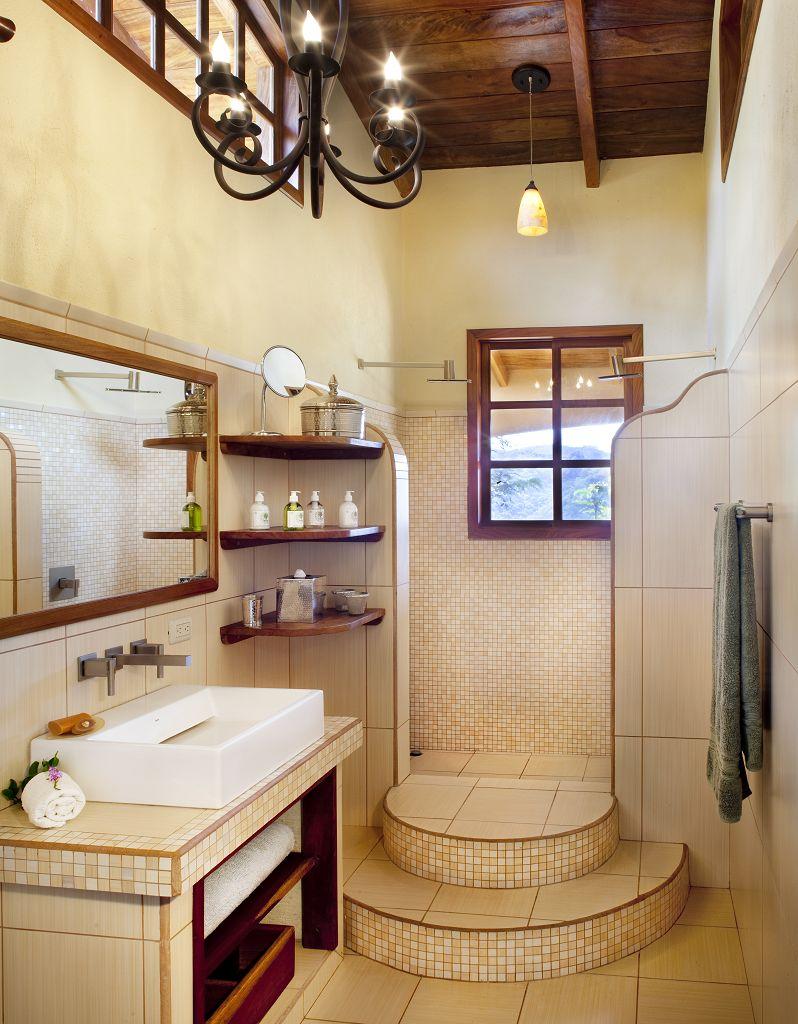 komp-FincaAustria_Villa Mariposa_Masterbed room-bath.jpg