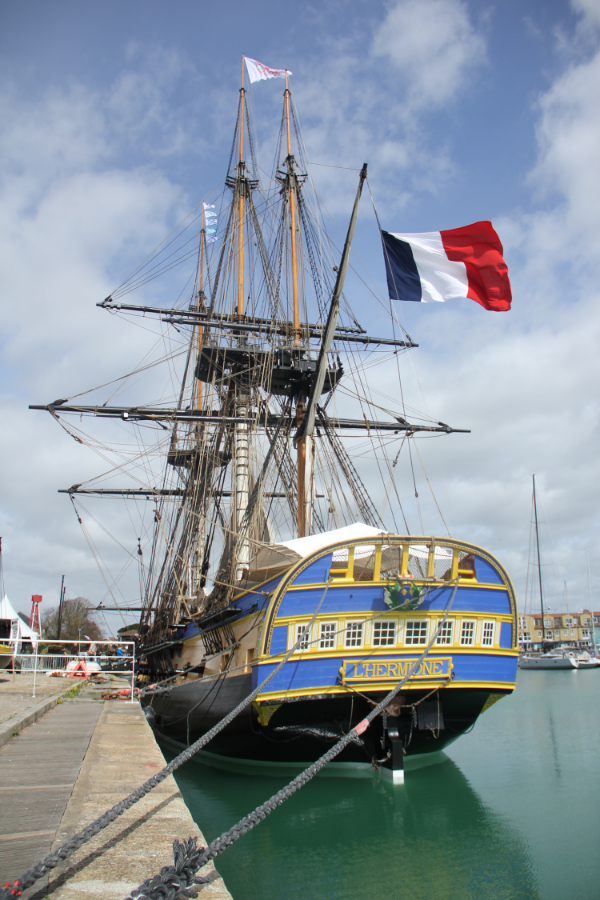 Photo of  l'Hermione  used by kind permission of Dan Berry, all rights reserved