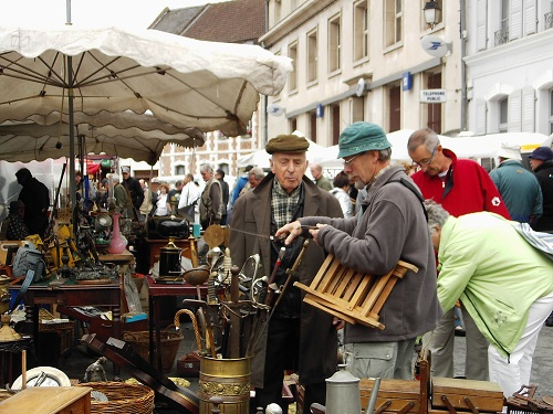 Antiques Brocante - photo  by  J Marsh  - Creative Commons  licence