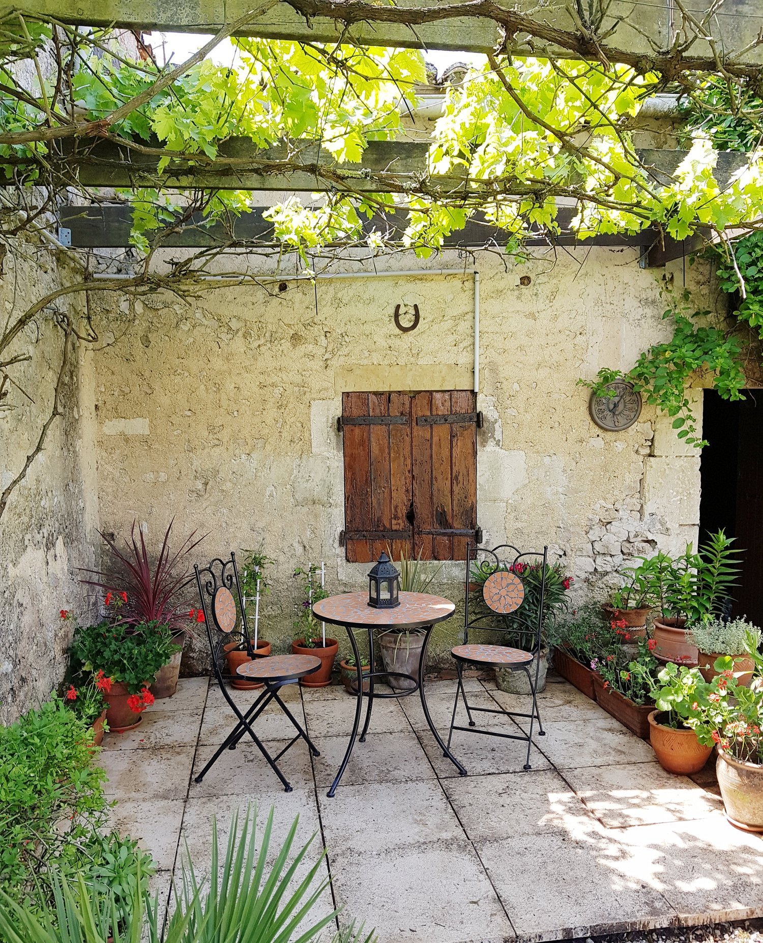 A Quiet Corner Rue Vincent Charente Maritime Holiday Gite With