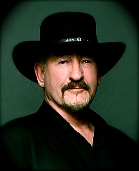 Dave Mason portrait.jpg