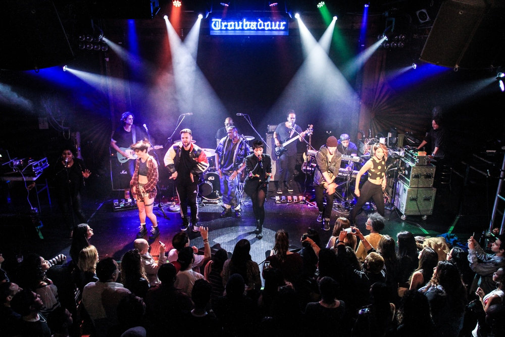 Fredrik Halland performing with Kat Graham at the Troubadour in Los Angeles on November 21, 2015.