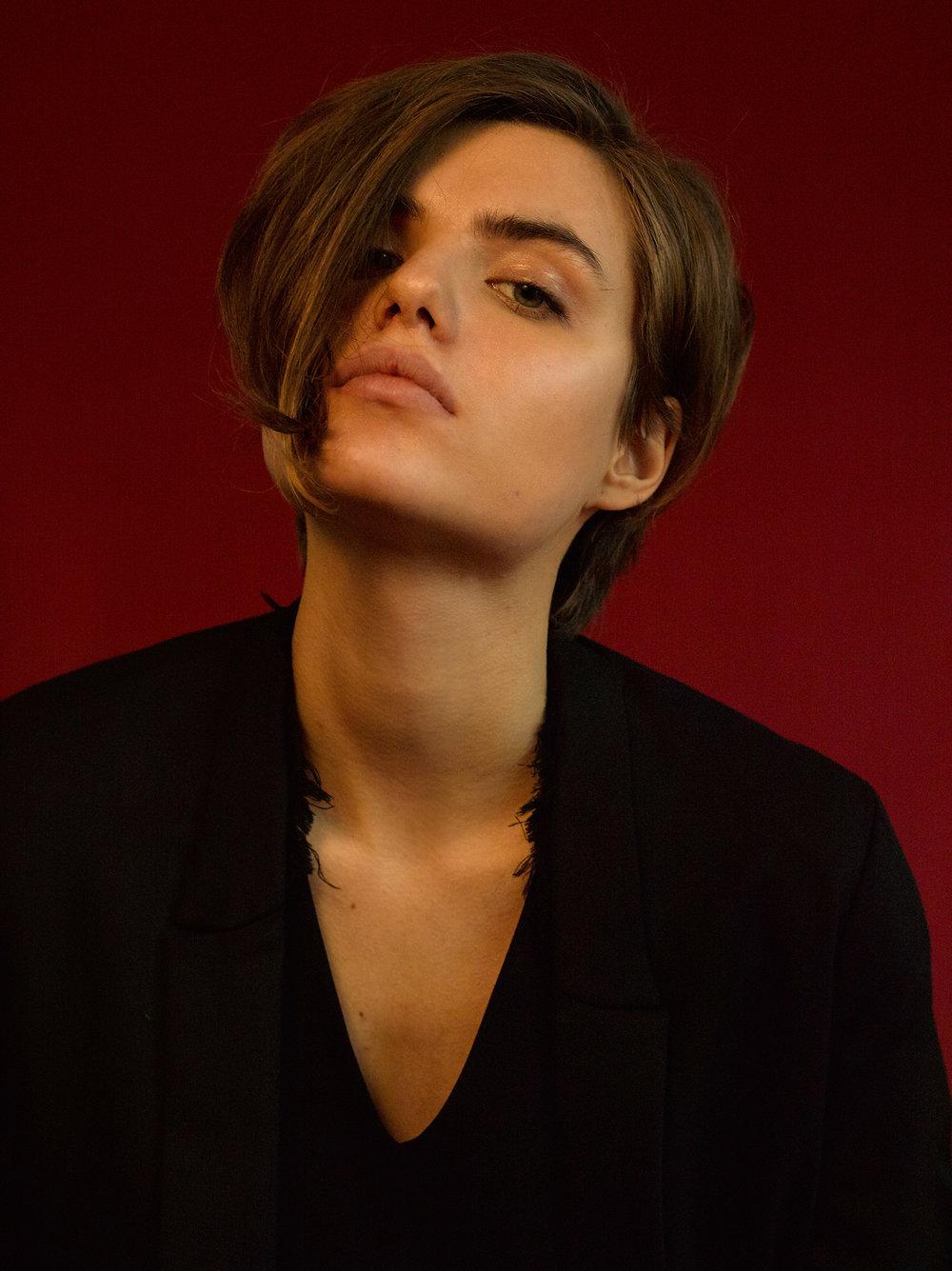 Emilia2S.jpg