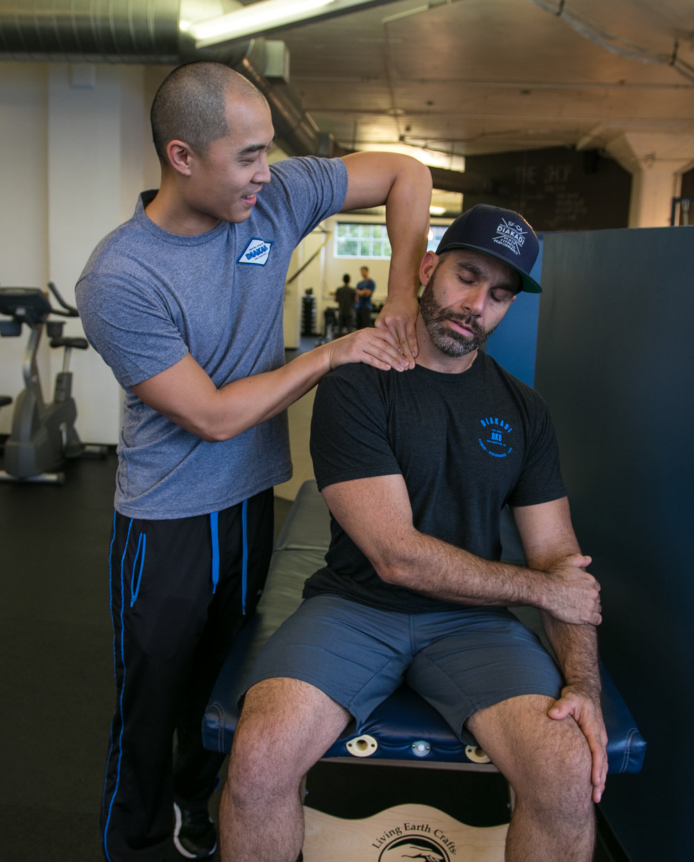 DIAKADI Trainer Derrick Lee advanced back and spinal care.jpg