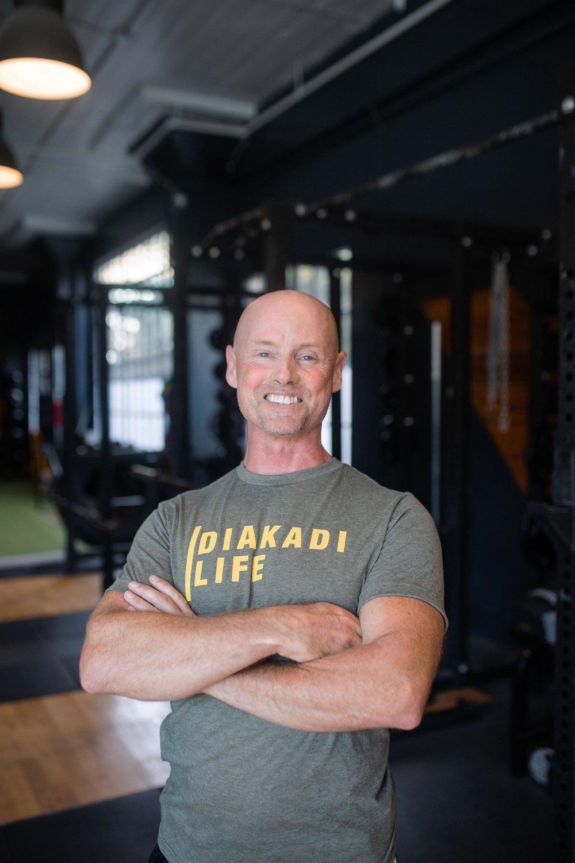 Alex Robinson DIAKADI Trainer Weight loss muscle gain copy.jpg