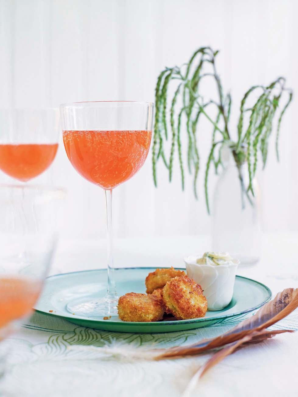 130109_003_CtailCrabcakes.jpg