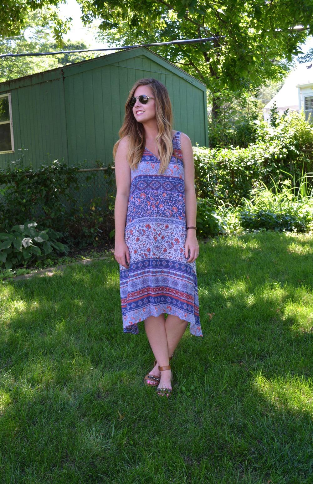 light weight summer dress on sophistiCAITed.com