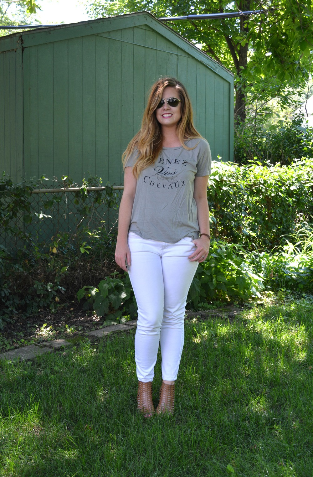 Bizi bee boutique tee on Sophisticaited.com
