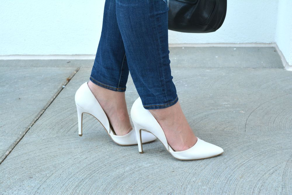 White pumps on Sophisticaited.com