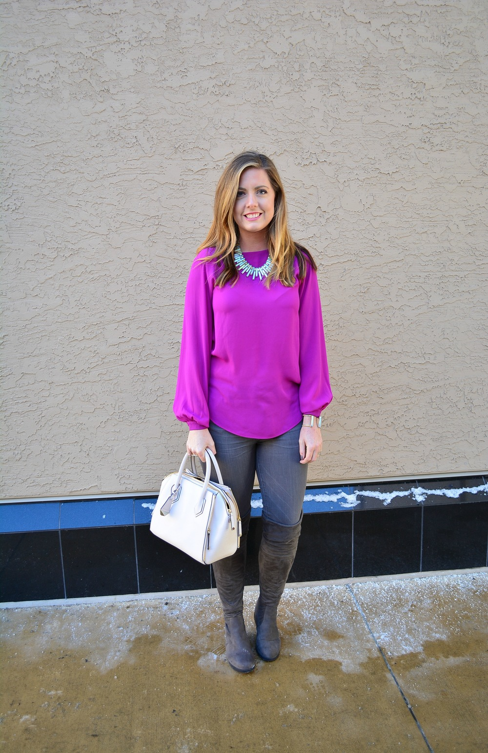 Winter outfits with Kendra Scott Kaplan necklace
