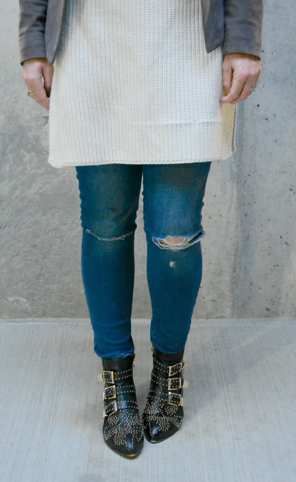 Distressed jeans with Chloe-ish booties