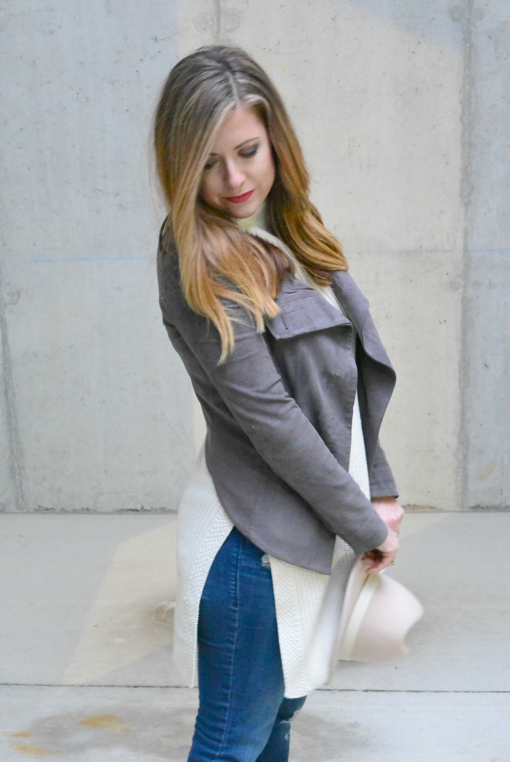 Gray suede jacket with split sweaters for winter
