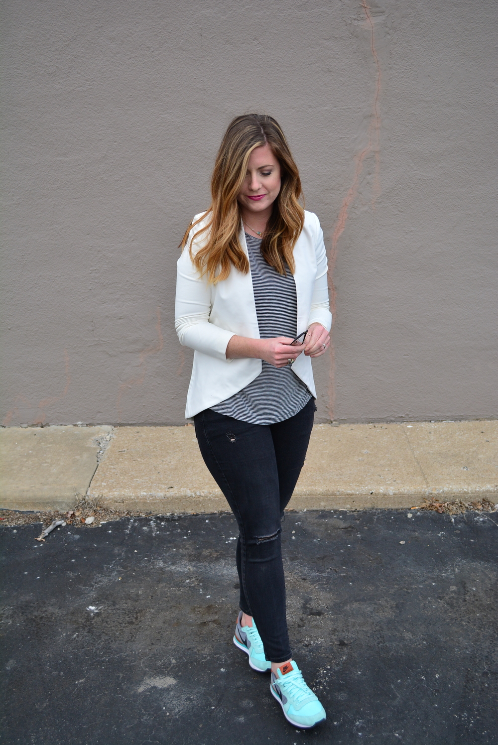 White blazer stripe tank with black distressed jeans