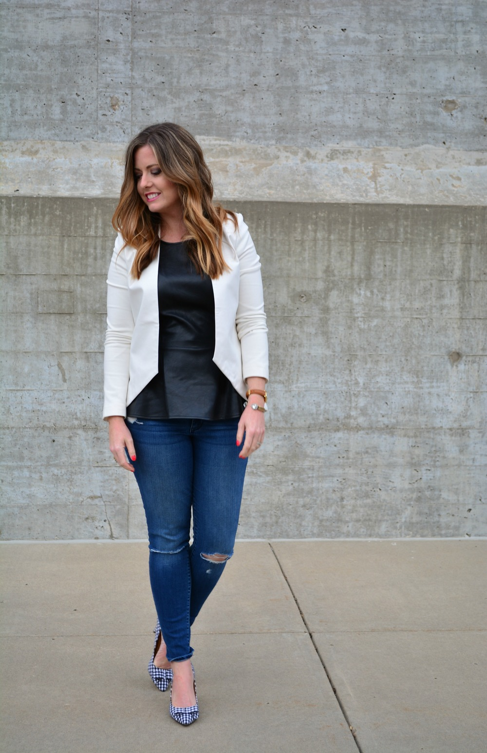 Black and white outfit for spring
