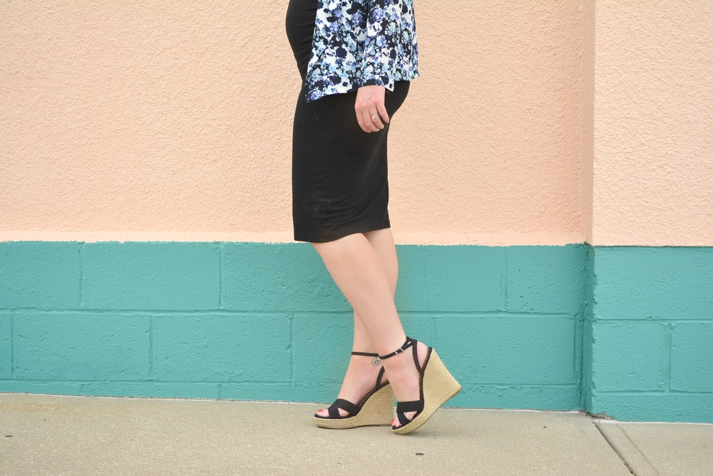 Black fitted dress + Floral jacket + Black espedrilles maternity outfit