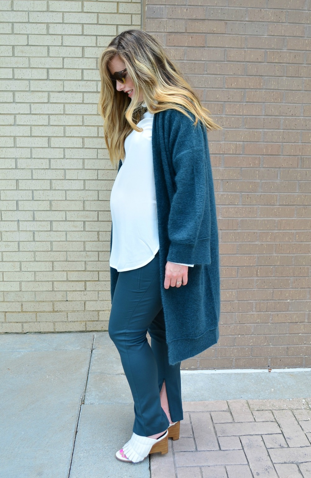 Monochromatic look for fall #maternityfashion