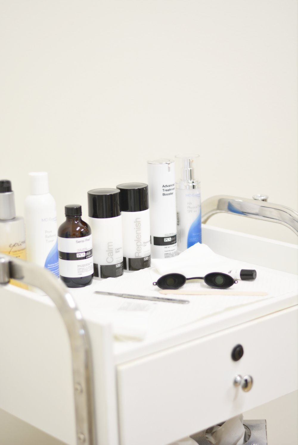 Blue Valley Dermatology | Dermaplaning