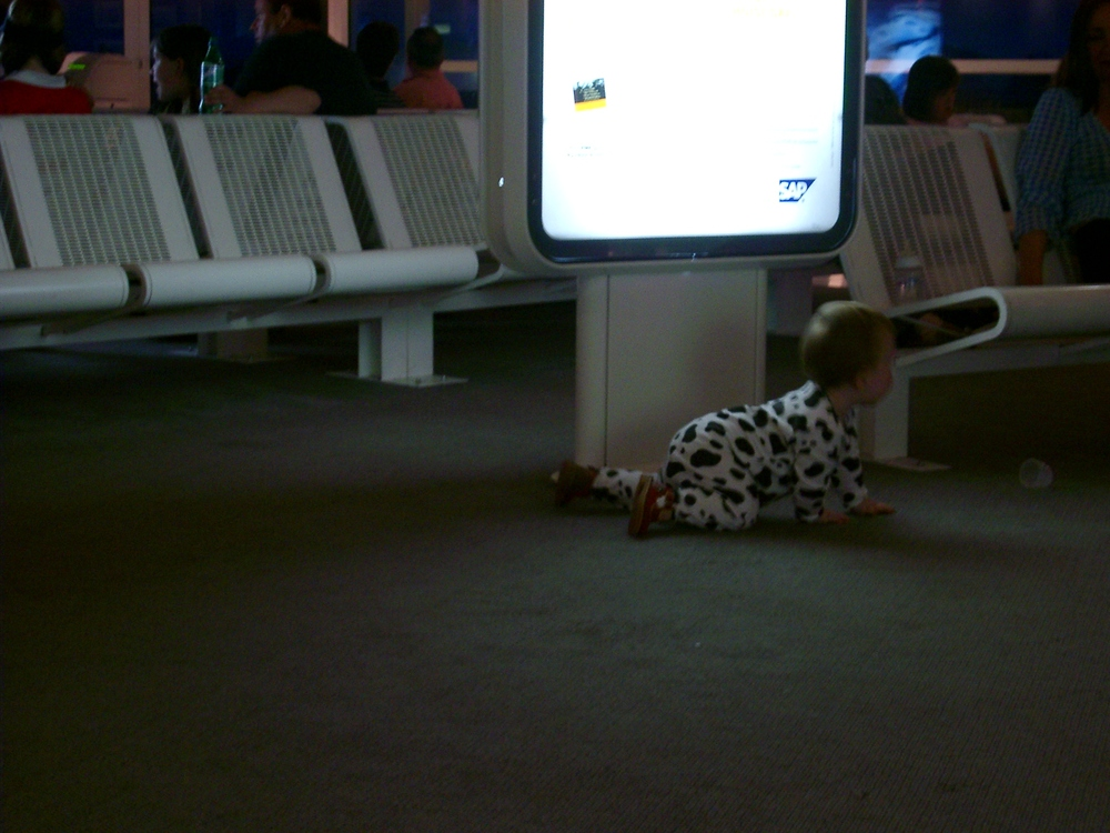 Crawling Child, Nimes.JPG