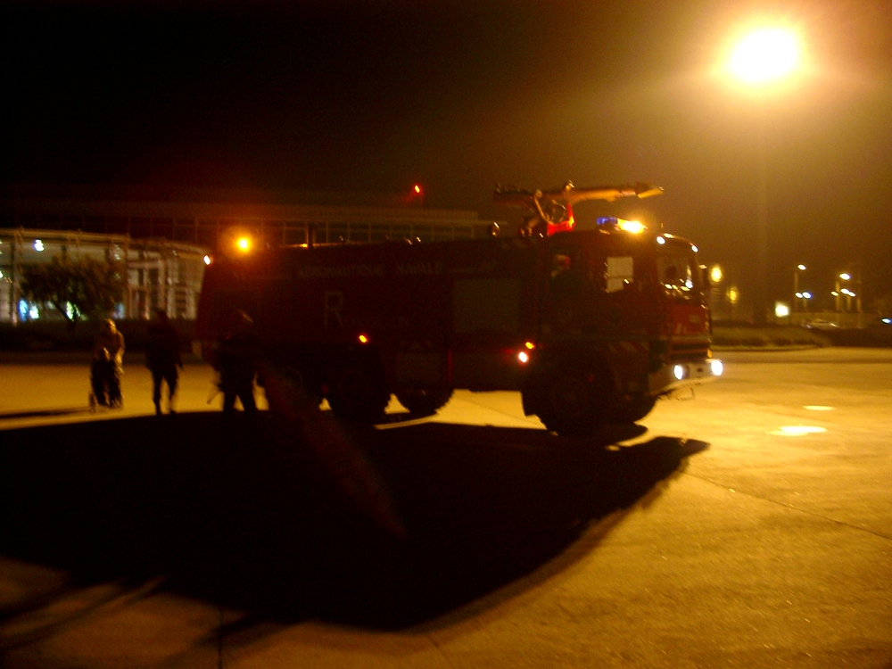 Fire-engine, Nimes.JPG