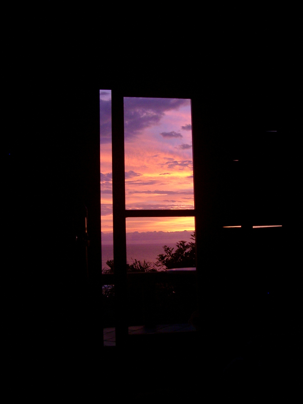 Sunrise seen from Bed, Rosa.JPG