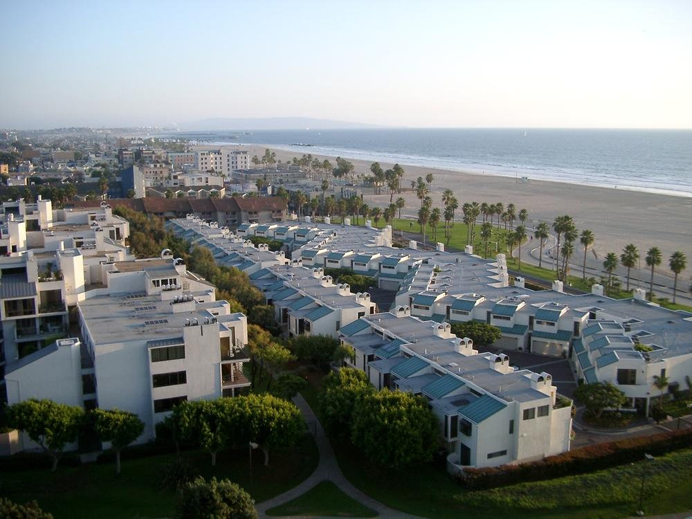 Condos, Venice Beach.JPG