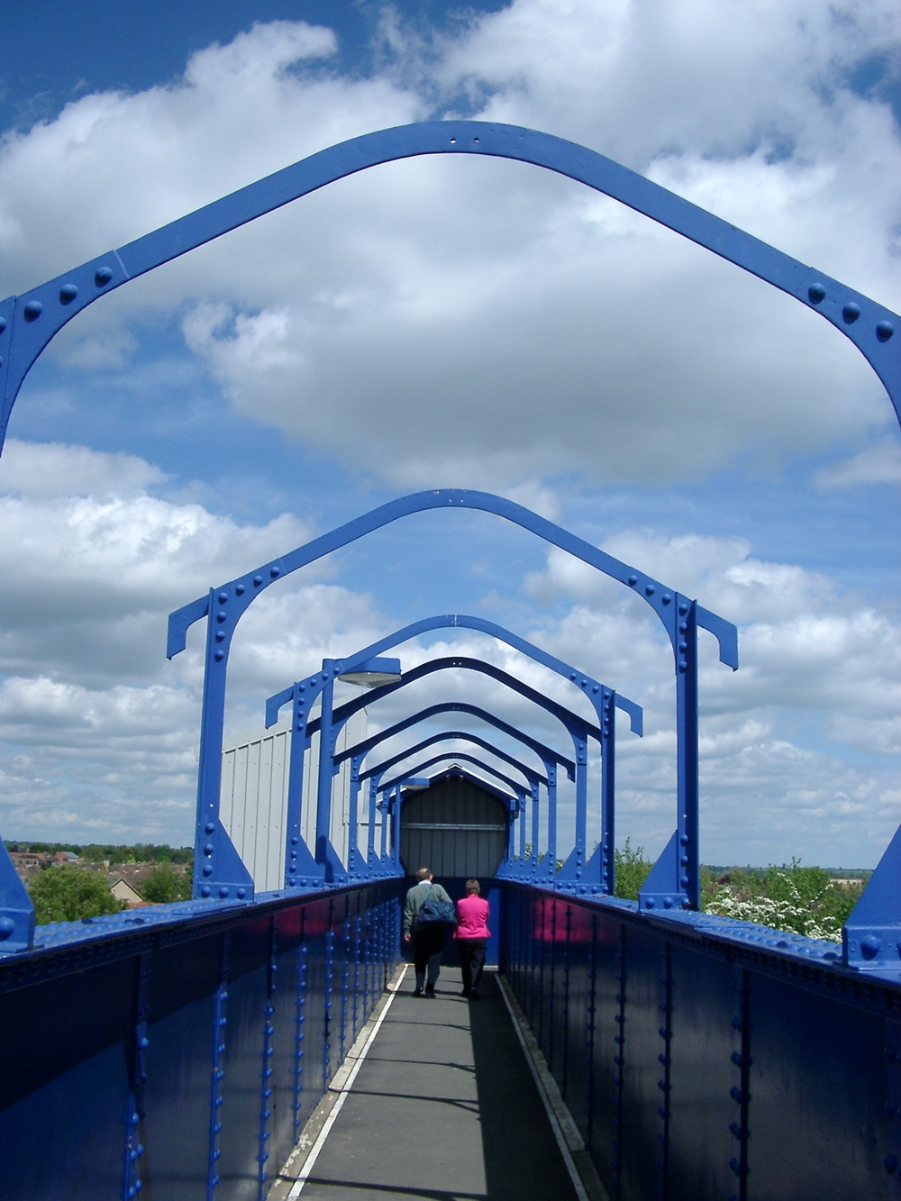 Footbridge, Banbury.JPG