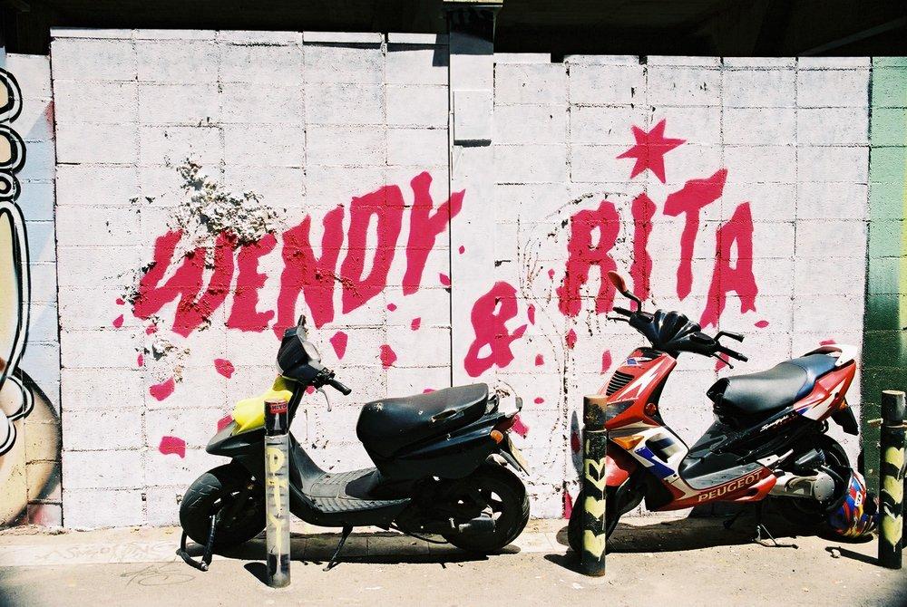 Wendy & Rita, Barcelona.JPG