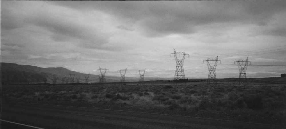 Pylons (small).JPG