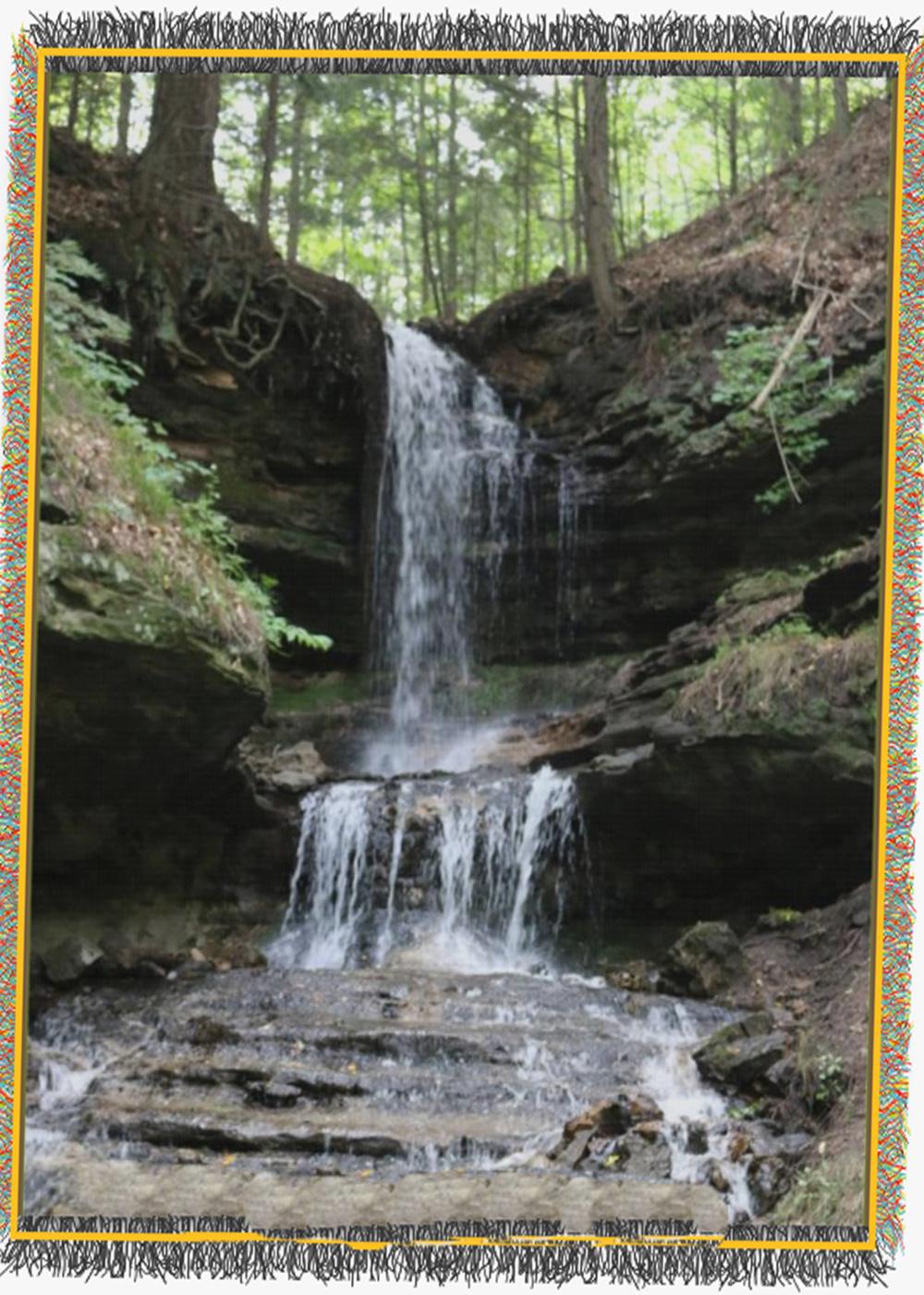 Woven Horseshoe falls.png