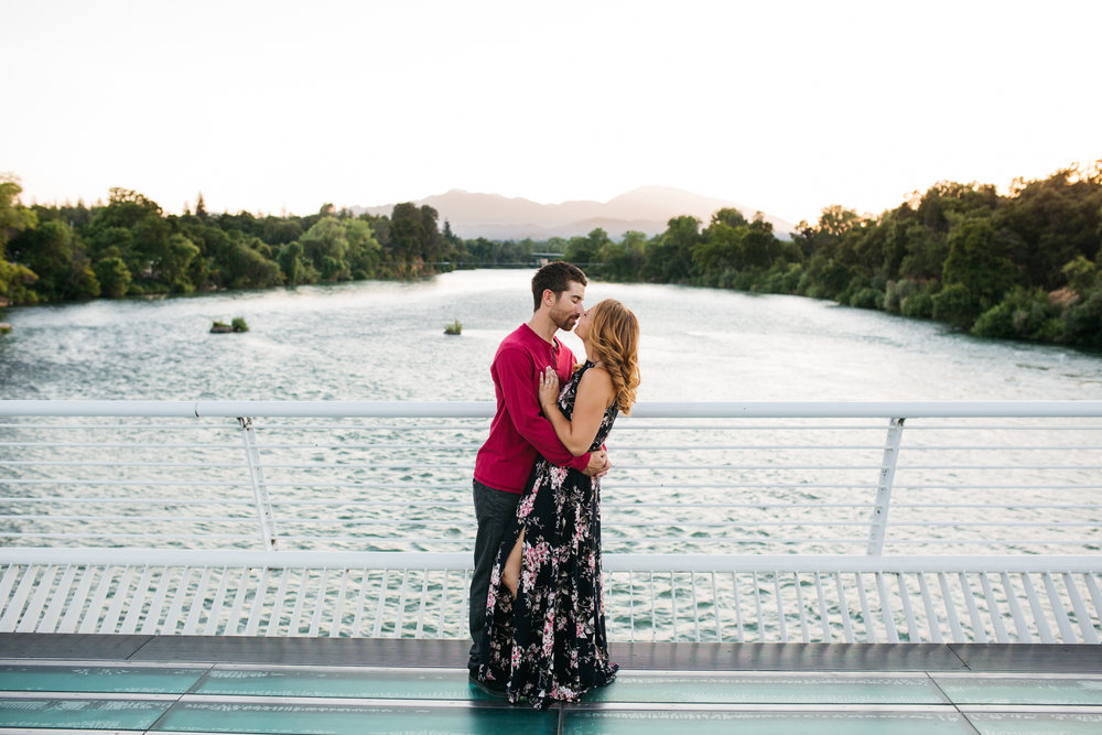 Engagement Photos-Redding-Turtle Bay-Sundial Bridge-Ranalla Photo & Films-Wedding Photography-38.jpg
