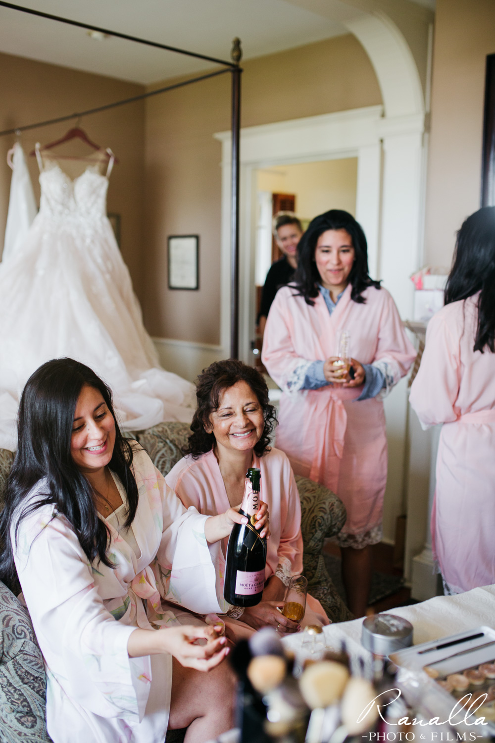 Cass House Wedding Photos-san luis obispo wedding photographer-Getting Ready