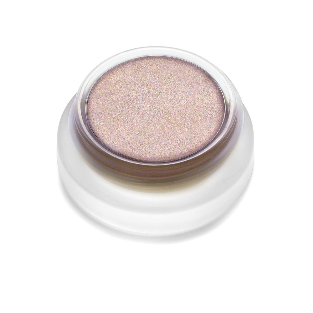 Myth: A mink color in the palest browny taupe. Its subtle sheer shimmer can be worn alone over the lids (perfect for summer) or even mixed with any  lip2cheek or lip shine to create a beautiful new color palette. Addictive as a highlighter for tanned skin for a natural-looking radiant glow.