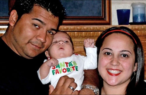 Marise Muñoz was pregnant with her second child when she collapsed in November.