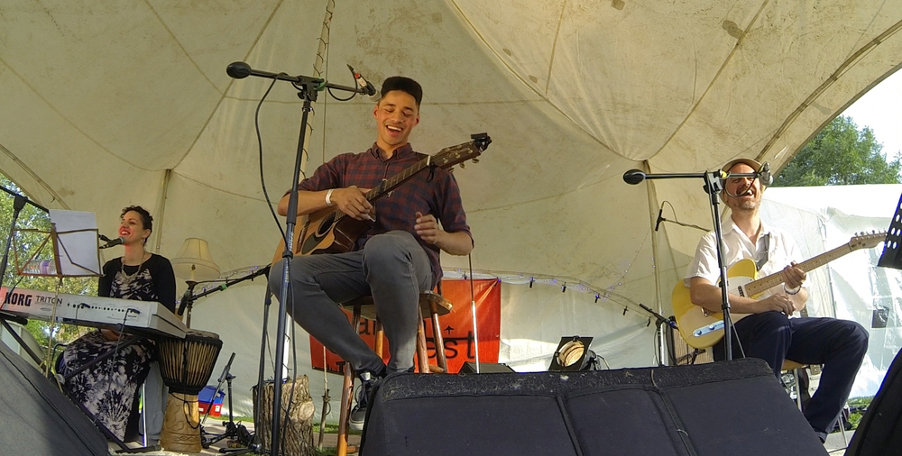 From left: Christella Litras, Rob Green and Jonnie Khan. Performing an intimate acoustic set at Barnfest 2014