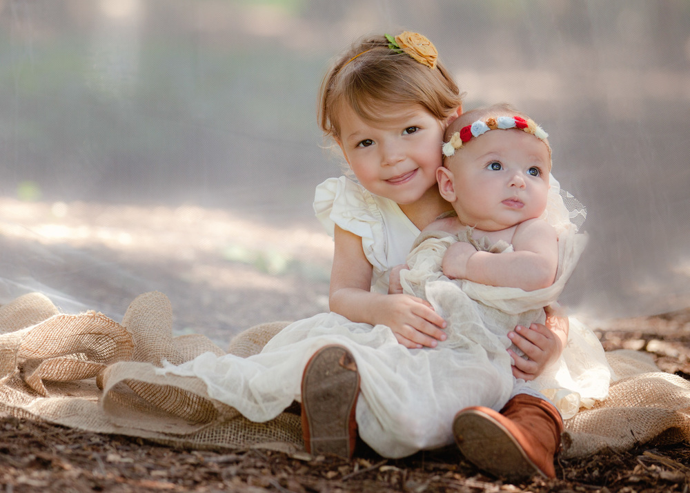 baby-photography-pa-sisters-forest.jpg