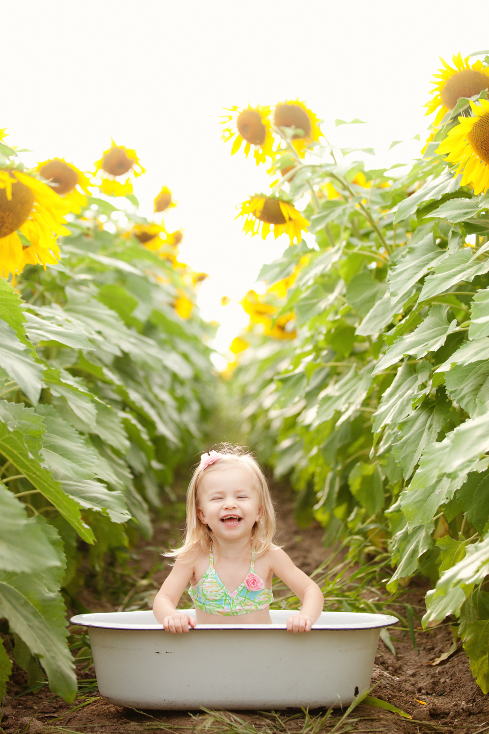 baby-photography-pittsburgh-field.jpg