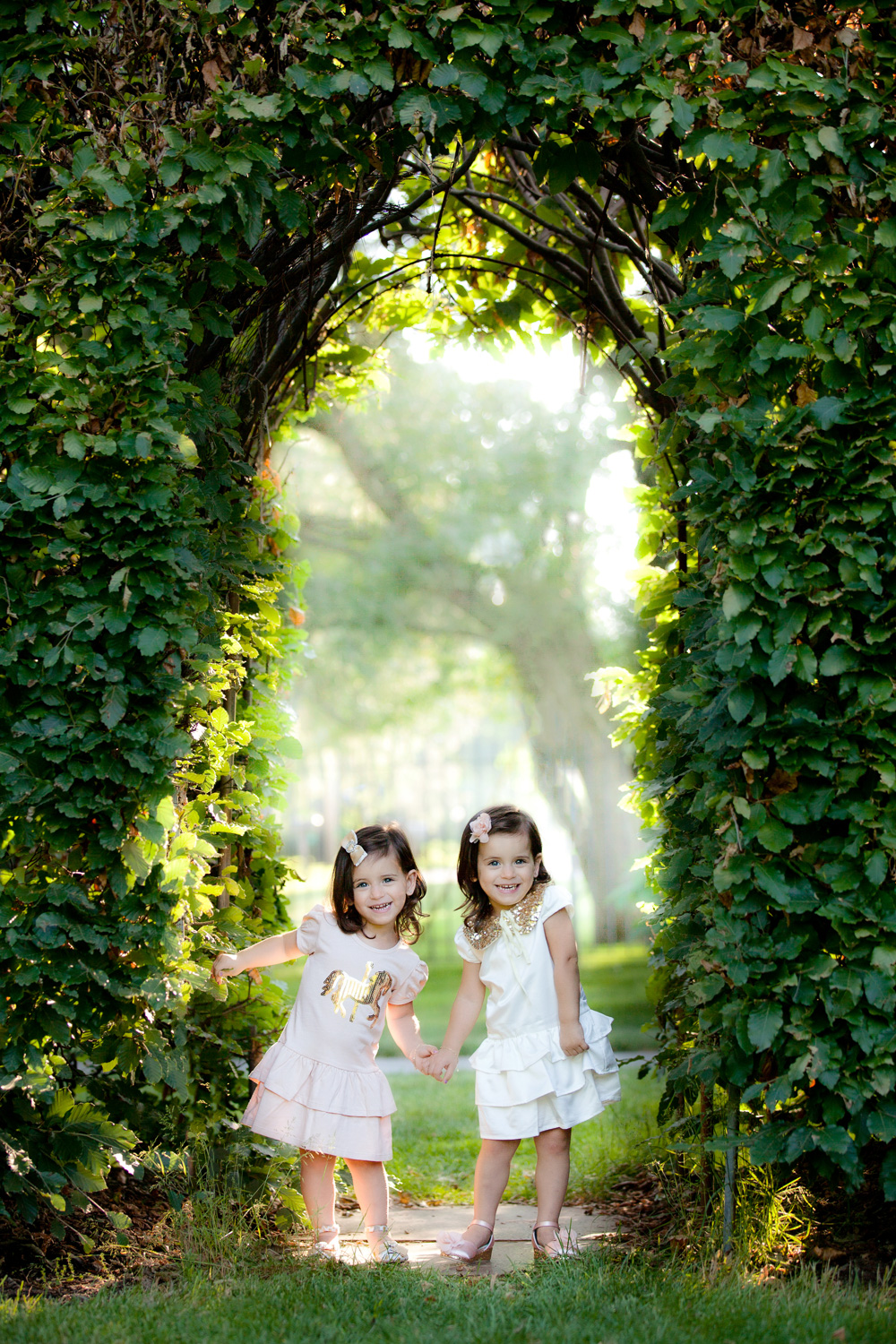 child-photography-cleveland-twins.jpg