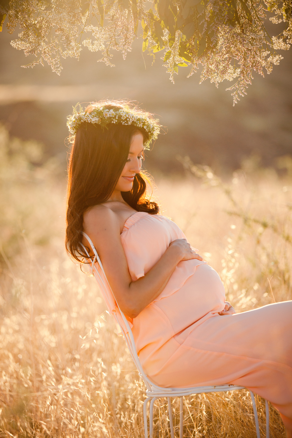 maternity-photography-az-floral-crown.jpg