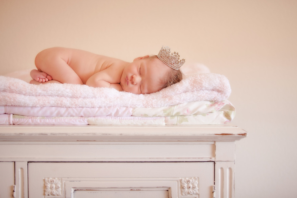 newborn-photography-az-crown-girl-dresser.jpg