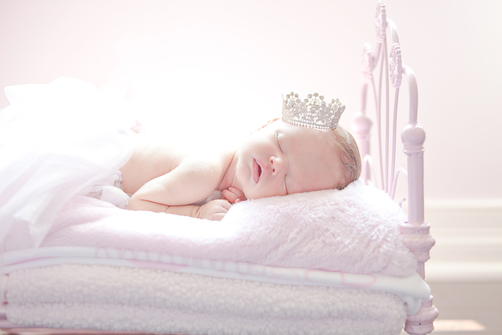 newborn-photography-cleveland-crown-swisher.jpg