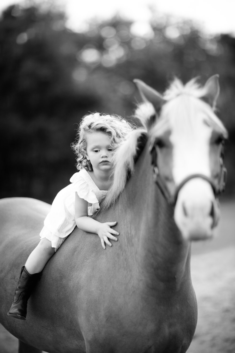 EMME SWISHER AND HORSE FINN STYLED PHOTO SHOOT BW PRINT-5.jpg