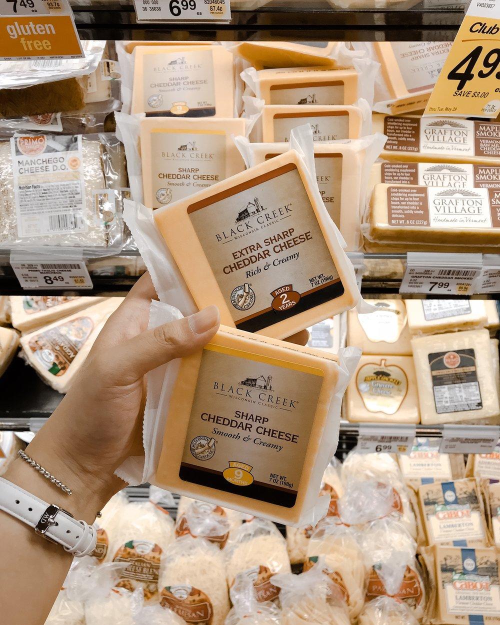 Black Creek Cheese - Cheddar Cheese