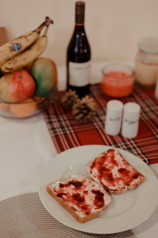 Easy Cream Cheese and Jam Breakfast