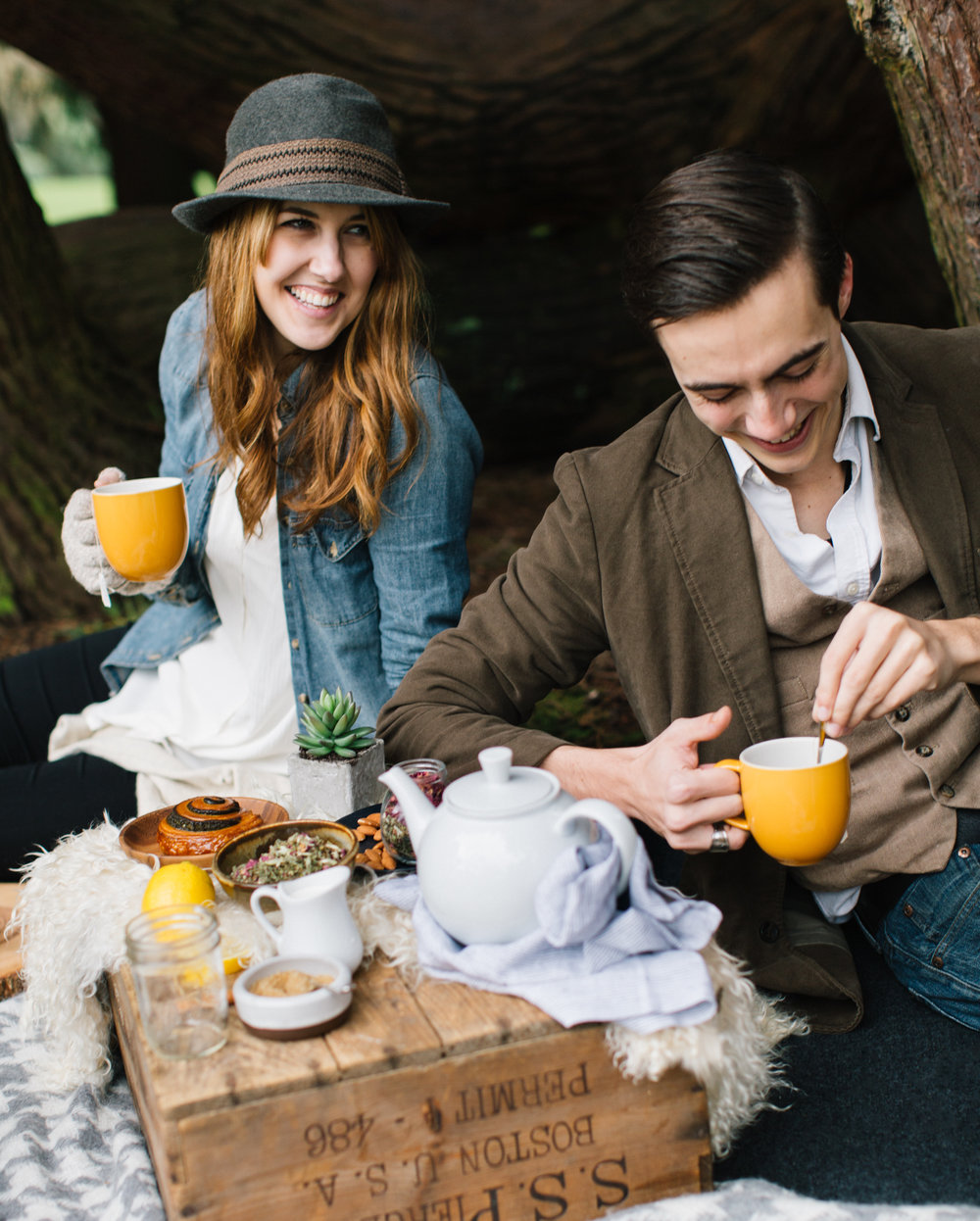 Nelle_Clark_Photography_Winter_Tea_Picnic-2.jpg